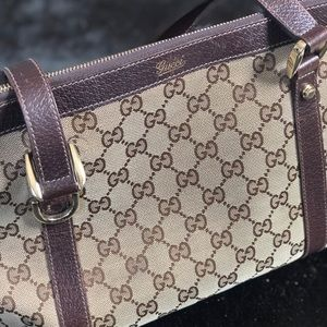 Authentic Gucci Handbag GREAT Condition